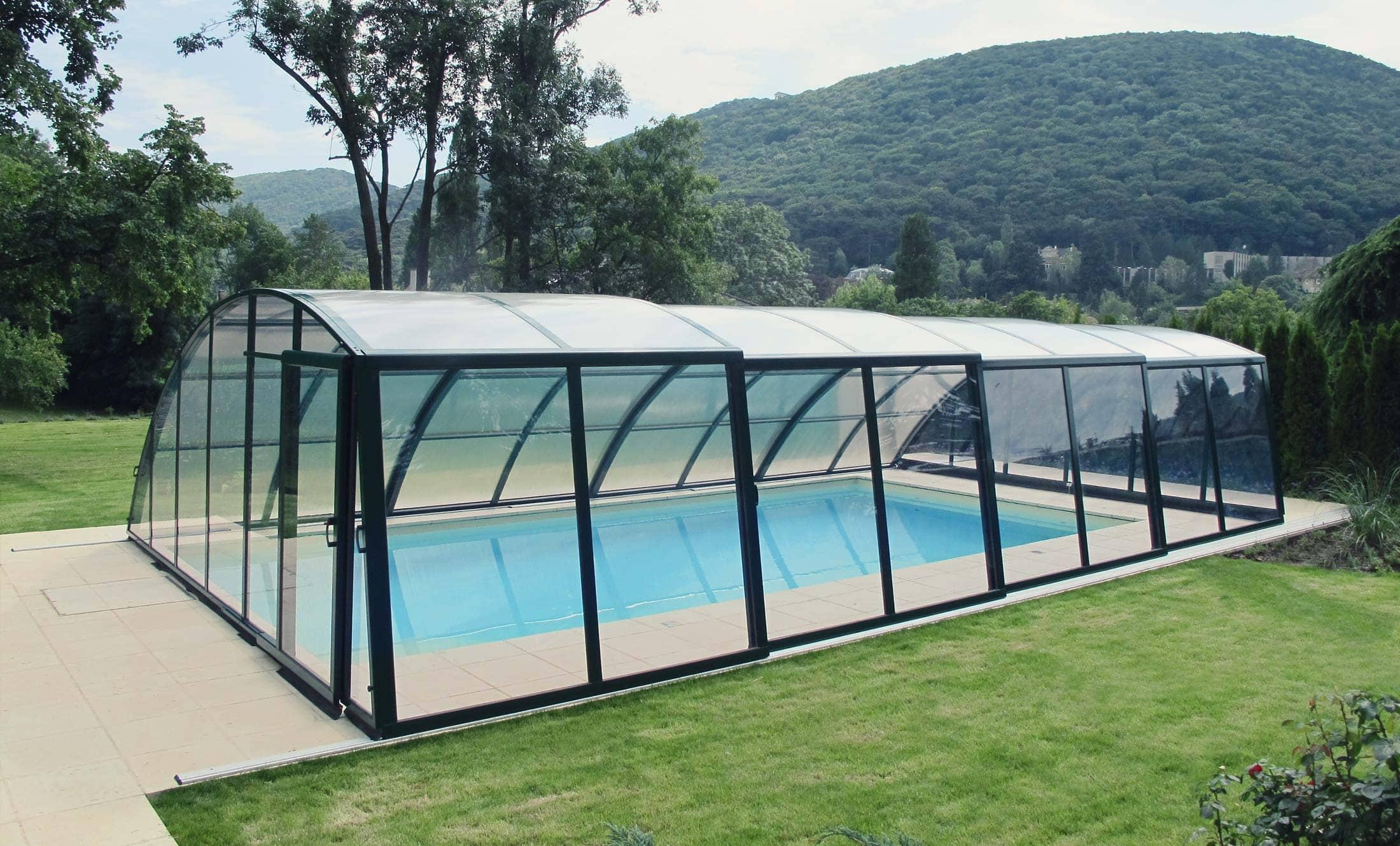 Zastřešení bazénů POPP Living Akademie